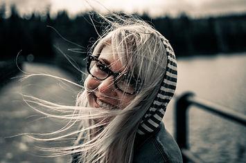 girl-872149_1920 smiling.jpg