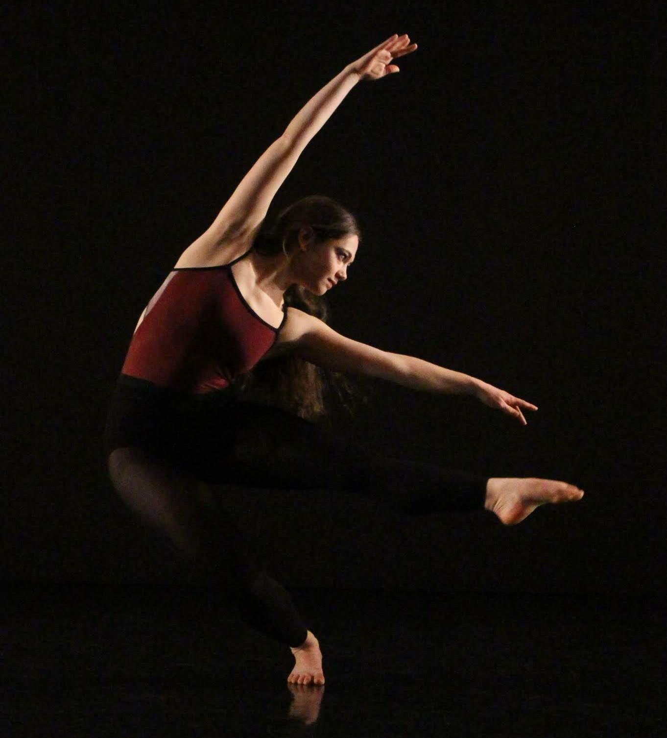 Outdoor Adult/ Teen Contemporary Ballet