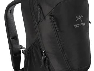 アークテリクスの人気のバッグが再入荷してきました!!