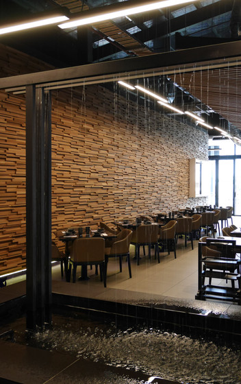 P1010116_screen.jpgColourful Yunnan Restaurant - Burwood
