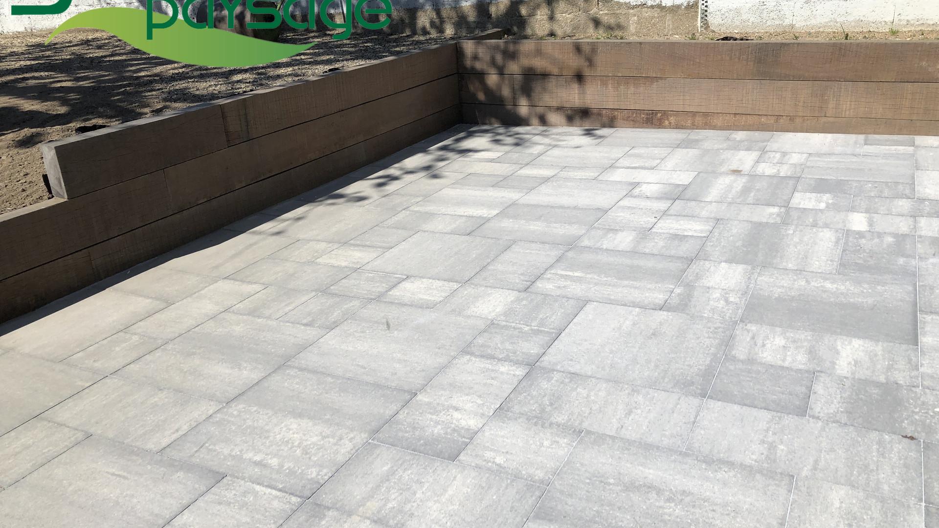 Terrasse en pavage multiformat