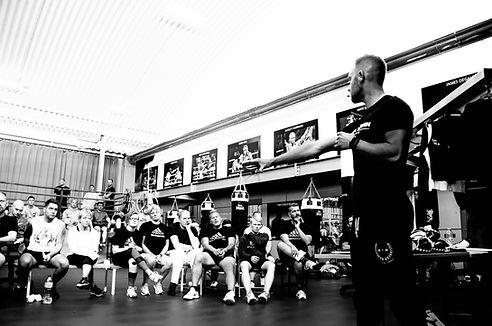 glenn holmes academy boxing fitness engl