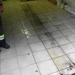 Ölaustritt in Gassen