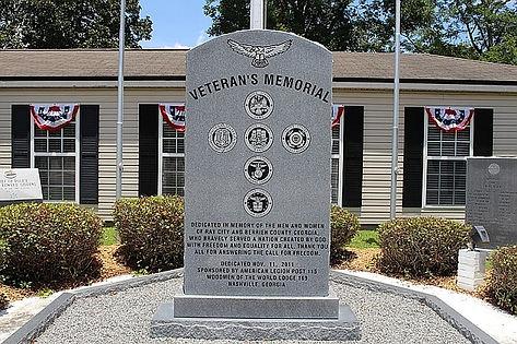 800px-Ray_City_Veteran's_Memorial.jpg