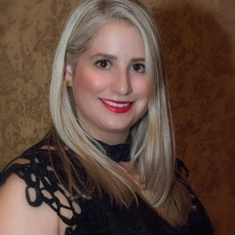 Vickie Profile.png