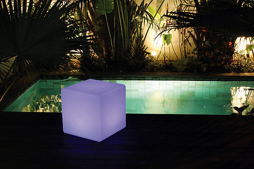 Table cube lumineuse LED