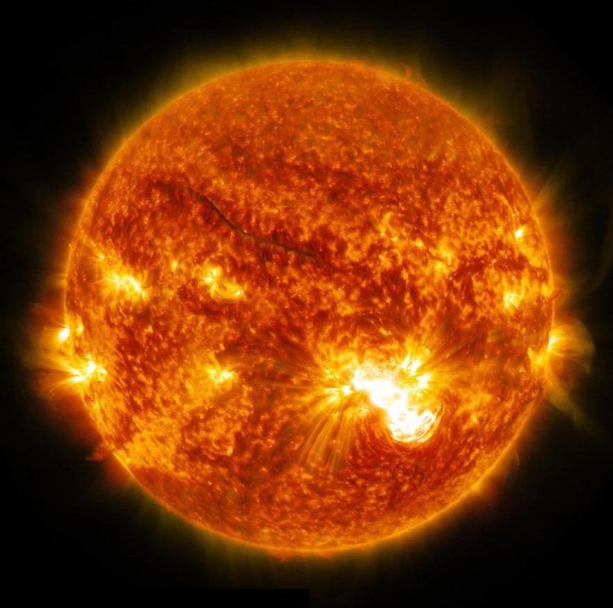 PHOTOGRAPH BY NASA / GODDARD