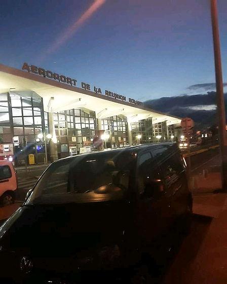 Navette et transfert aéroport Réunion Roland Garros