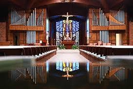 STS Oak St Church Inside.jpg