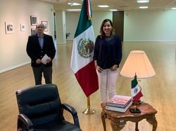 Visita al cónsul de Mexico en Dallas
