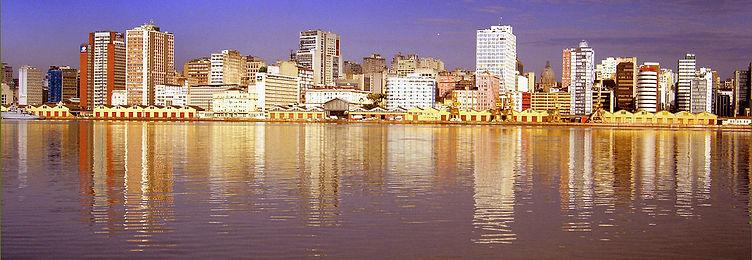 1200px-Cais_Mauá_Porto_Alegre_2.jpg