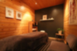 massage_room1.jpg