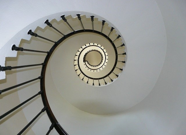 staircase-274614_640.jpg
