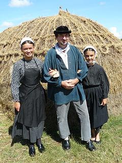 Costume traditionnels pour le marché début XXe