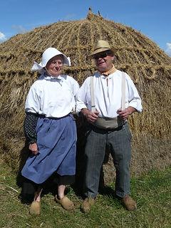 Costumes traditionnels pour les travaux des champs début XXe