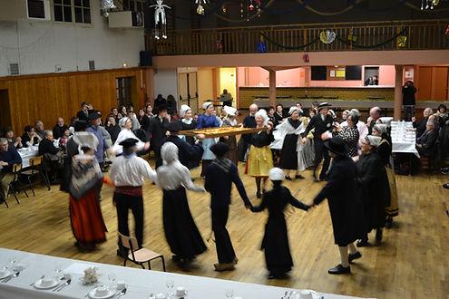 Tap Dou Païe, groupe folklorique vendéen, groupe folklorique de Vendée, la danse de la brioche