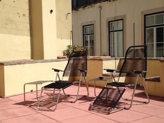 A terrace in the Lisboa sun