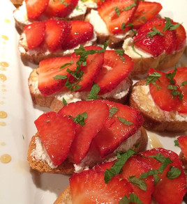 Fresh Strawberry-Mascarpone Crostinis drizzled with Maple Syrup