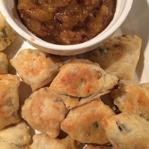 Baked Puff Pastry Vegetarian Samosas with Mango Chutney