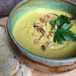 Pureed Cauliflower and Turmeric Soup