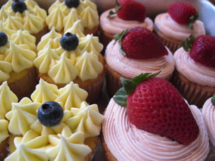 Vanilla Cupcakes with yummy toppings!