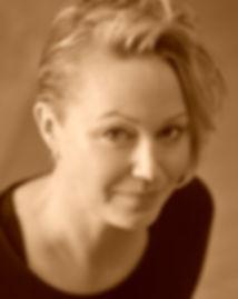 Katrin Thumfart_Portrait picture.jpg