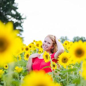 {Sunflower Field} Senior Portraits