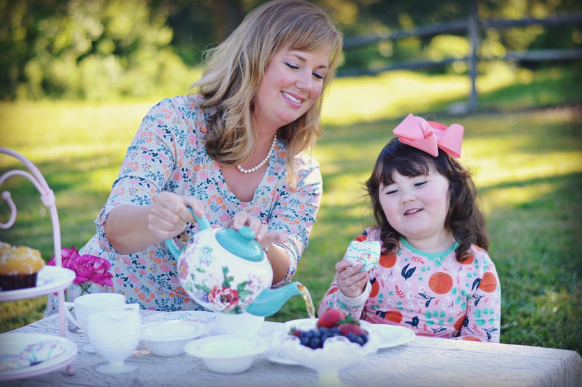 {Mommy & Me} Tea Party: Mothers Day Blog