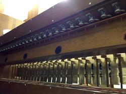 Hammers on the glockenspiel.
