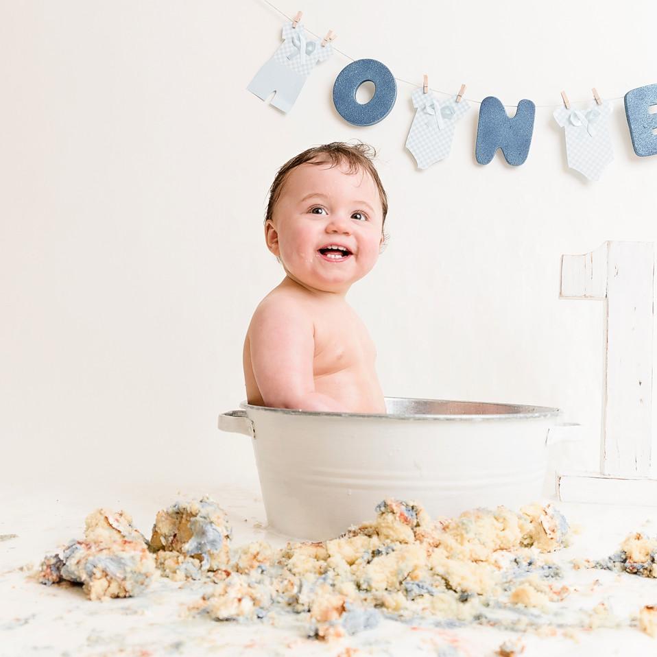 1st birthday photographer cake smash wirral