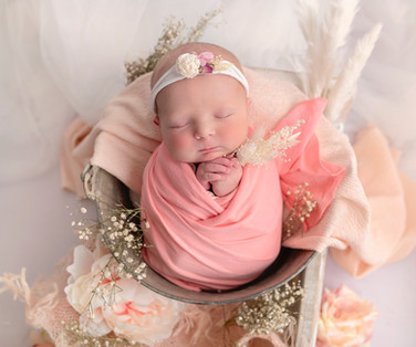 the best newborn baby girl photoshoot wirral