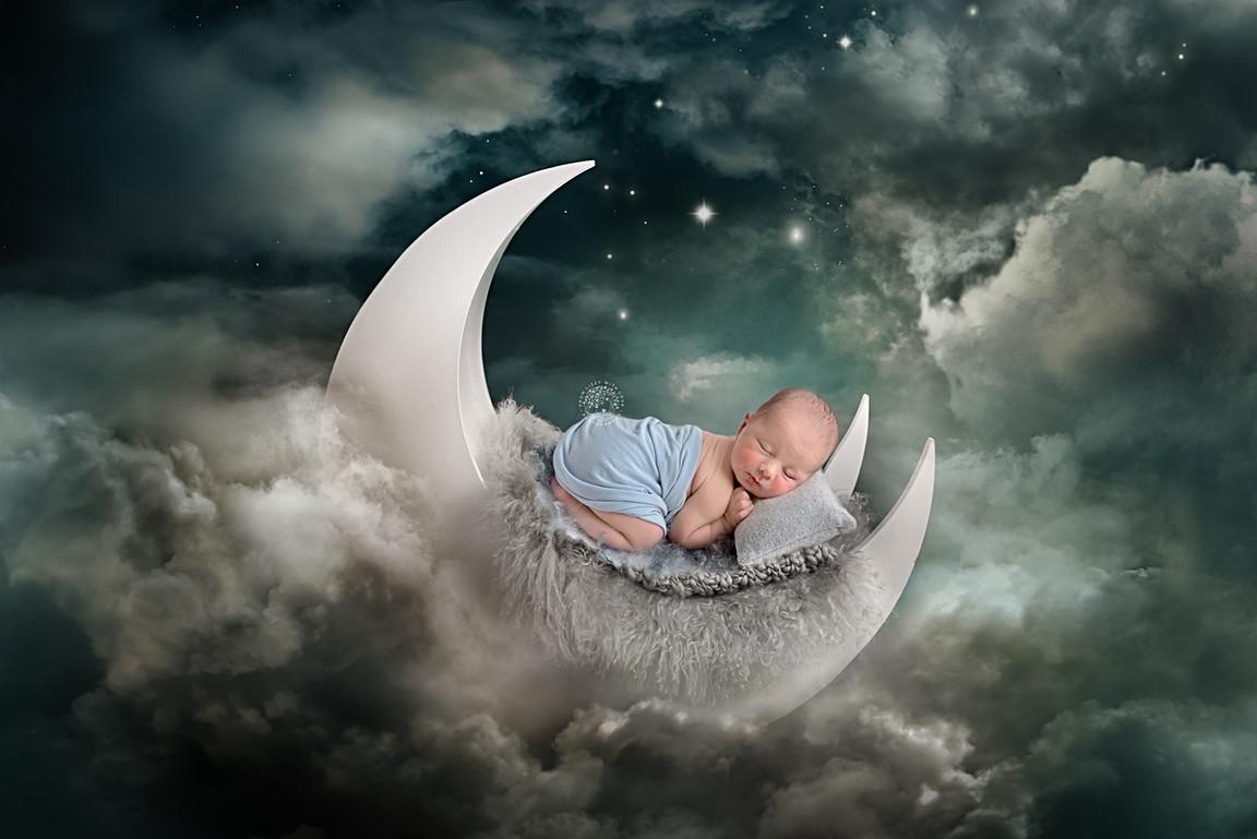 Newborn photographer wirral moon prop