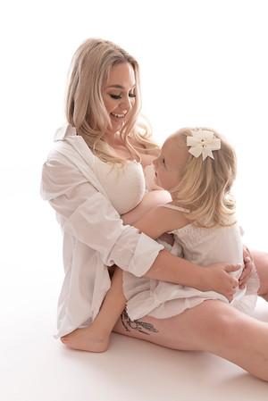 Wirral pregnancy photographer