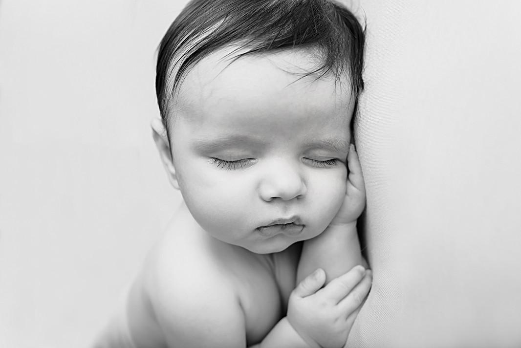 Black & White newborn baby photography