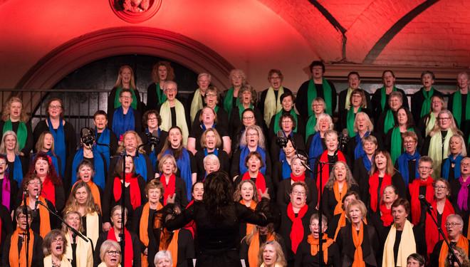 So Far, So Close: The Boite Millennium Chorus Finale