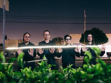 Weezer presenta nuevo sencillo titulado The End Of The Game