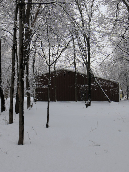 Red Barn in the Snow (2)