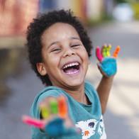 Art makes kids Smile
