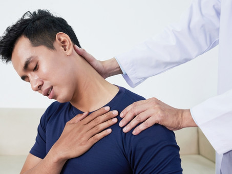 How To Treat A Pinched Nerve in The Neck