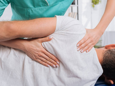 When Should You Visit A Chiropractor For Back Pain?