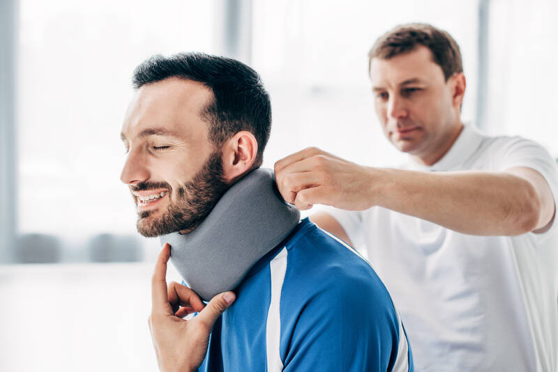 chiropractic care and treatments for neck pain relief