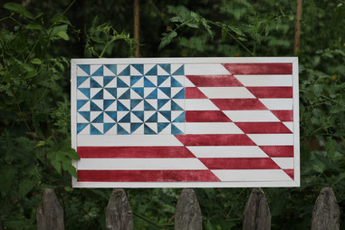 American Flag Wooden Quilt