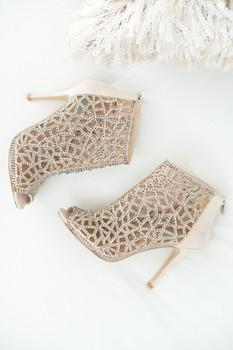 Tammy-Lynn-McNabb_Fashion-shoes2.jpg