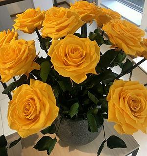 Ramo 9 rosas Premium $225.000 (2) LIV.jp