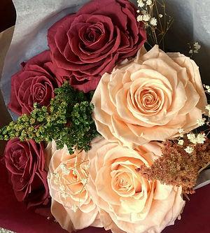ramo 6 rosas dos colores $150.000 LIV.jp
