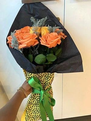 ramo 7 rosas Premium $175.000 (2) LIV.jp