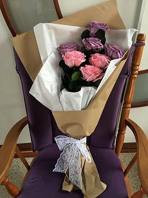 Ramo 8 rosas Premium $195.000 LIV.jpeg
