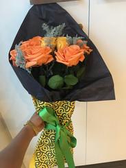 ramo 7 rosas Premium $175.000 (2).JPG