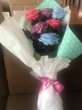 Ramo 6 rosas premium 4 colores $160.000.