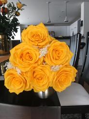 Ramo 6 rosas Premium $145.000.JPG